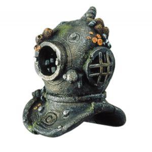 Diver helmet actionary