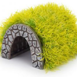 Grass hideaway tunnel